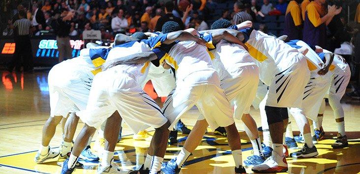 WVU Ranked No. 11 In Preseason Men's Basketball AP Top 25