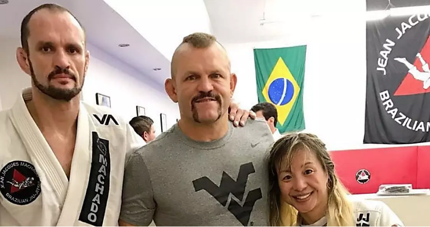 Former UFC Champ Chuck 'The Iceman' Lidell Rocks The Flying WV