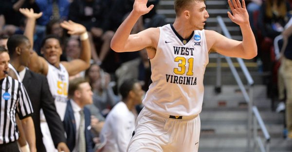 Selfless Mountaineer Big Man Logan Routt Gives Up Scholarship